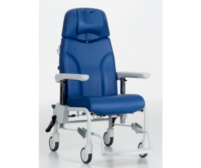 Electric treatment chair / 3-section / on casters